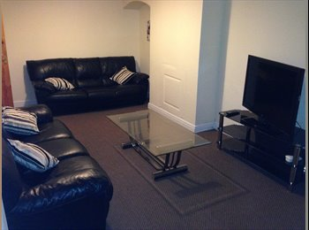 Final Double Room to rent - Available NOW