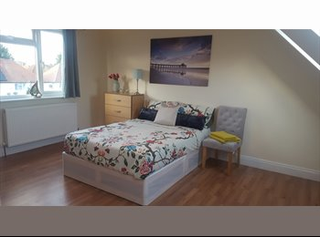 1 ENSUITE LEFT PETS CONSIDERED ALL BILLS INC LOVELY NEW...