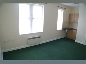 Rooms to rent in Townhouse, Whitmore Reans, WV6 0AR from...