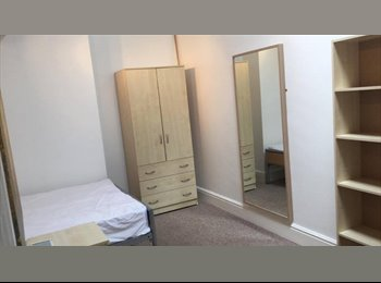 Great Student Room Close to Uni!!