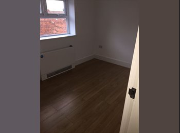 new reburbished room to let