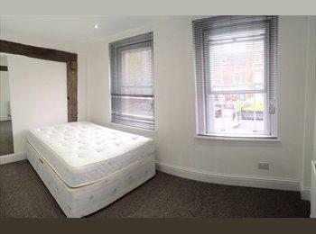Modern Ensuite Refurbished Room (London St)