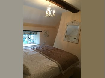 EasyRoommate UK - Double room in pretty 2 bed cottage, Lymington - £530 pcm