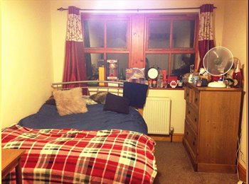 Double Room in city centre house