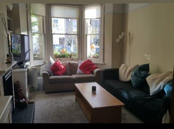 Sunny Double in Chiswick £798 (all bills Inc)