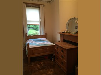 EasyRoommate UK - Double room available Hyndland, Partick - £390 pcm