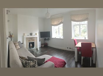 Double Room available in well equipped flat (West...