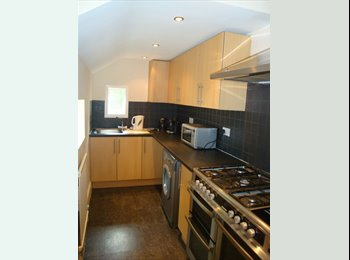 5 bedroom student house near Coventry university with all...