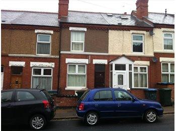 EasyRoommate UK - Furnished Property close to university , Upper Stoke - £1,500 pcm