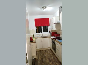 EasyRoommate UK - Share my newly decorated IKEA furnished central Eastbourne flat., Eastbourne - £475 pcm