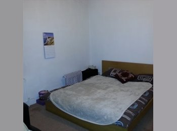 EasyRoommate UK - large double room willesden junction / kensal green / nw10, Kensal Green - £600 pcm