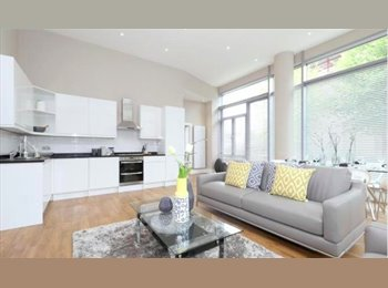 Great double bedroom available in newly developed flat