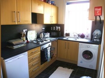 EasyRoommate UK - 46 Bowood Road, Nether Edge - £328 pcm