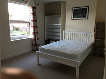 Extremely large studio room central Kettering