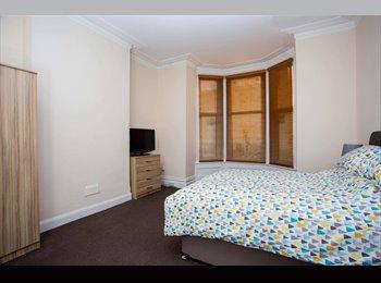 MODERN DOUBLE ROOM TO RENT, ALL BILLS INC, NO DEPOSIT,...