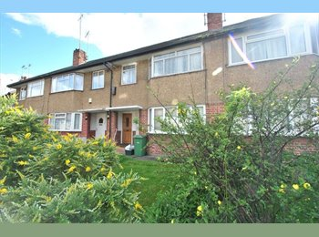 EasyRoommate UK - #Hanger Lane - Two Doubles Solo Use, Park Royal - £715 pcm
