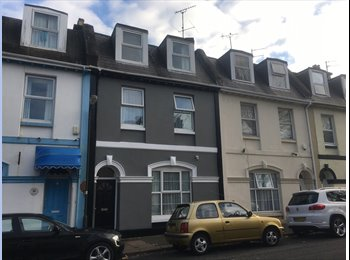 6 Bedroom Victorian Home. ALL ROOMS NOW REDUCED TO £100 PER...