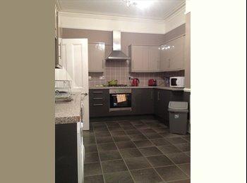 EasyRoommate UK - Good size single room in high spec house, Hastings - £350 pcm