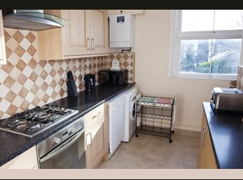 Spectacular Modern Double BedRooms In Chiswick High Road In...