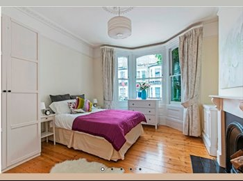 Very, very large room in amazing Clapham Junction area!