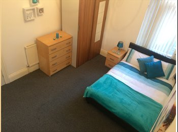 FREE RENT  for 2 Weeks - 2 Double Rooms Move in same day