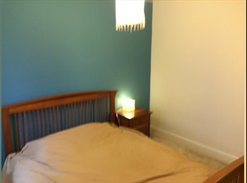 Two rooms available in shared house in Poole Old Town