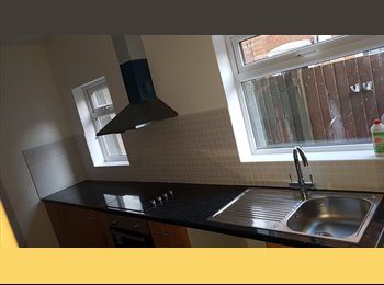 Newly refurbished 3 bed house, near train station