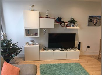 New Furnished Flat, Town Centre, Close to Station