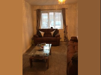 beautiful room in semi detached new build house