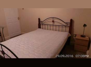 Lovely 2 bedroom available for immediate rent in central...