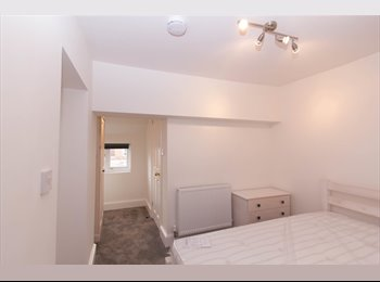 Fantastic, furnished double room with own bathroom