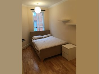 SHARED FURNISHED 2 BED FLAT, QUIET DOUBLE ROOM, W1