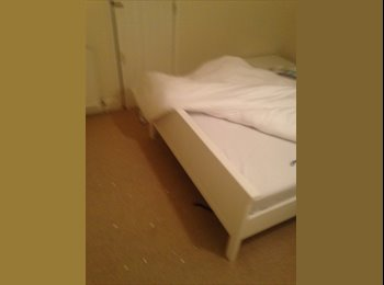 Have two large double rooms to let