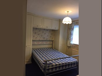 Room available - close to heathrow /M4