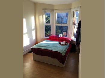 Double Room in Langham Road
