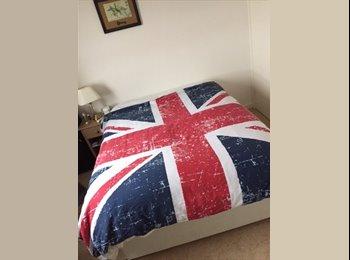 DOUBLE BEDROOM TO RENT IN PUTNEY
