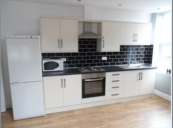Double Room In 3 Bed Flat - Student