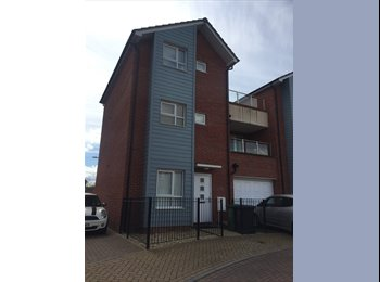 EasyRoommate UK - Room in House share, Exeter - £545 pcm