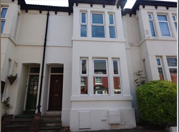 EasyRoommate UK - good rooms near to city centre, university and amenities, Park Dale - £300 pcm