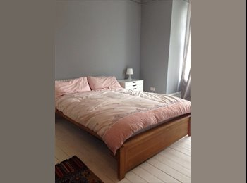 LARGE DOUBLE ROOM IN STREATHAM