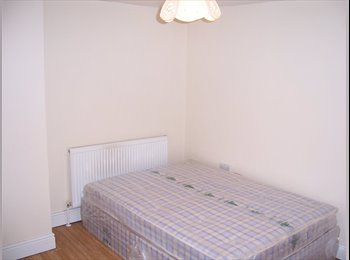 Furnished large room with fridge in central location, bills...