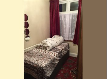 Double and Single room available in walking distance to...