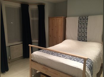 Large double room £700pcm