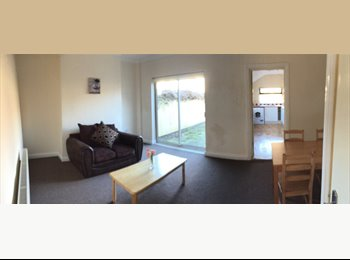 MASSIVE ROOM AVAIL £495PCM