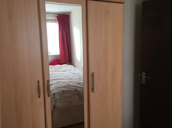 ROOM in walthamstow