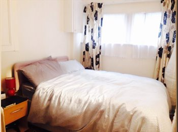 Double room available in Westmister
