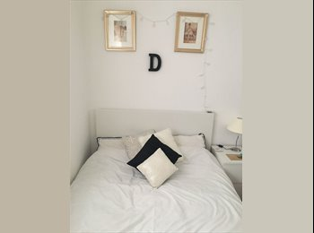 DOUBLE ROOM TO RENT - female only