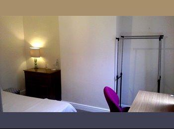 Cosy double room in quiet location