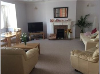 Walking distance Poole Hospital, on main bus route. All...
