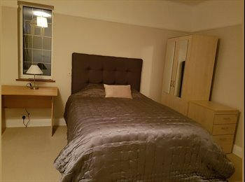 Large double bedroom with en-suite